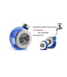 Часовник работещ с вода