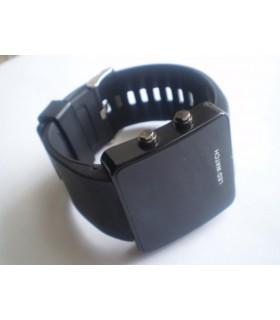 Часовник adidas чисто черен