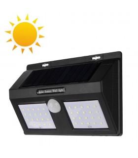 Водоустойчива външна соларна лампа с 40 диода и датчик за движение