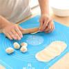 Силиконова подложка за месене и точене на тесто