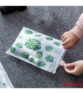5бр. водоустойчиви торбички за дрехи и козметика с апликация на листа и на фламинго - 10