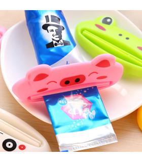 Детска изстисквачка за паста за зъби - животинче - 6