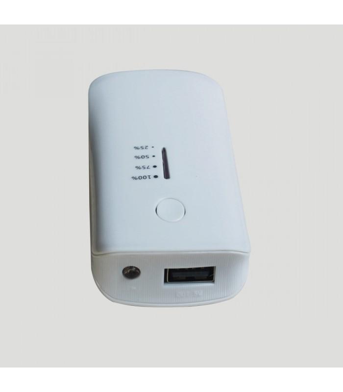 Външна мобилна акумулаторна батерия 5600 mah + фенерче - 6