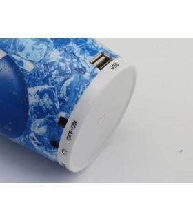 MP3 плеър в чаша от безалкохолно