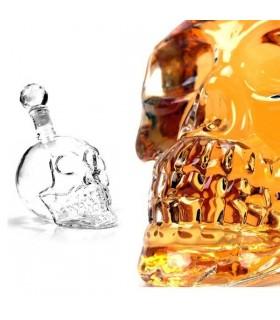 Стъклена бутилка череп 550мл.