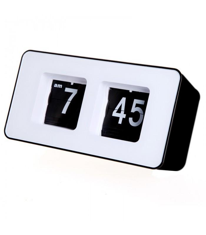 Ретро настолен часовник